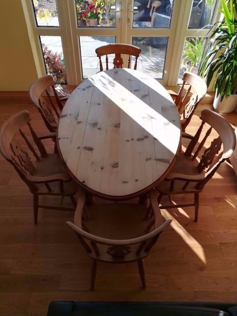 Merveilleux Country Kitchen Style Farmhouse Wooden Oval Dining Table With 6 Carver  Chairs With Arm Rests