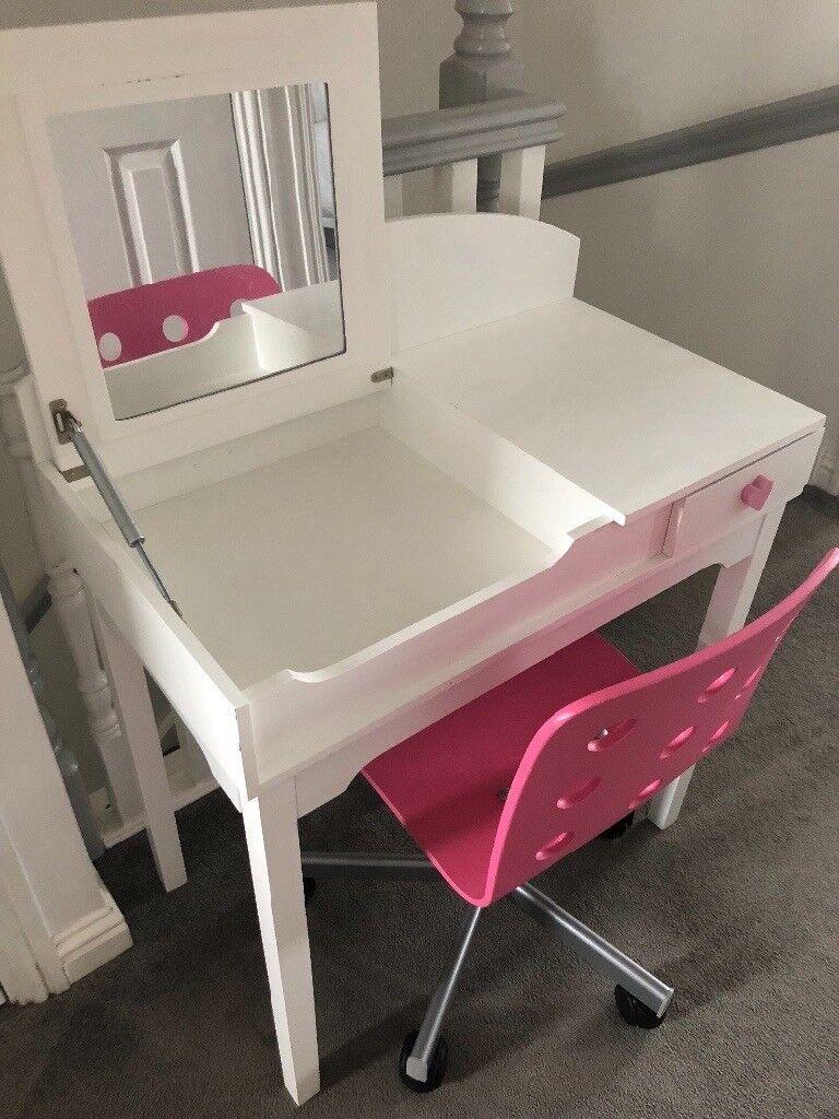 Girls Dressing Table/Desk And Chair | In Bannockburn, Stirling | Gumtree