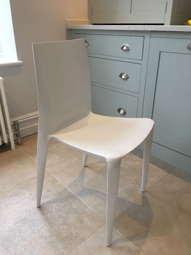 Pair Of White The Bellini Chairs By Heller In Good Condition