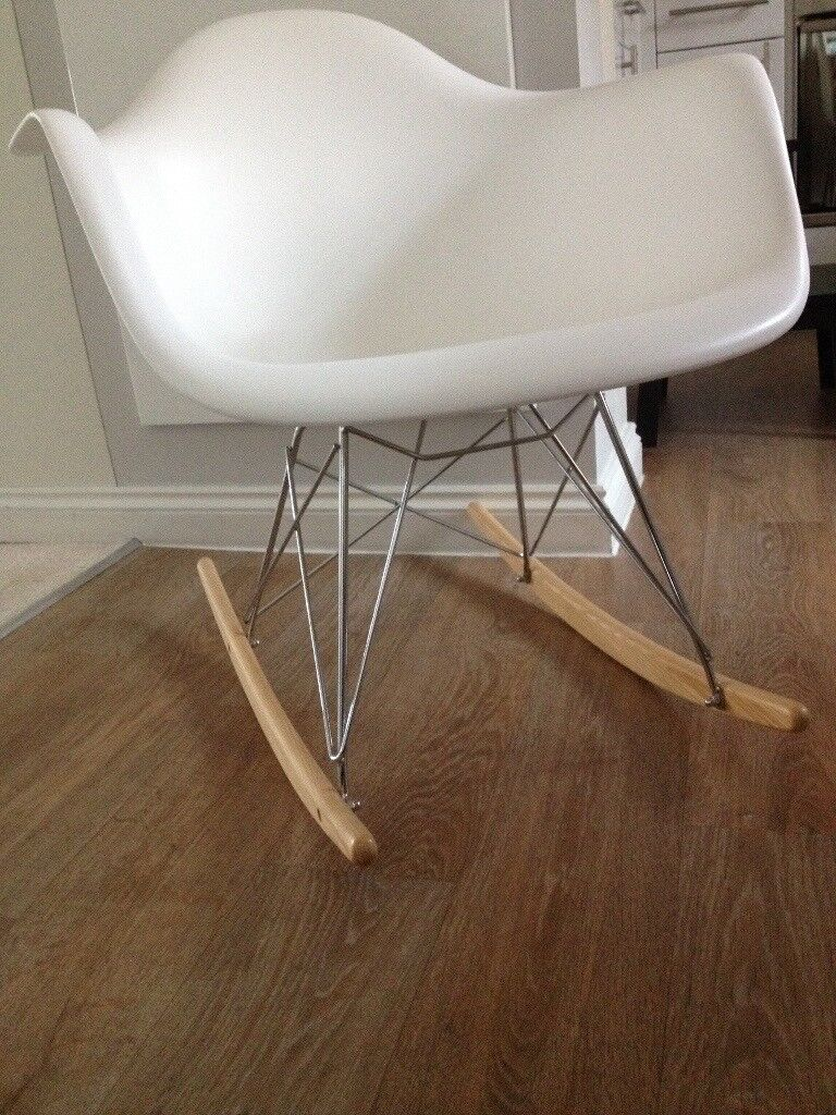 Charles Eames RAR Plastic Rocking Chair   White, Nursing