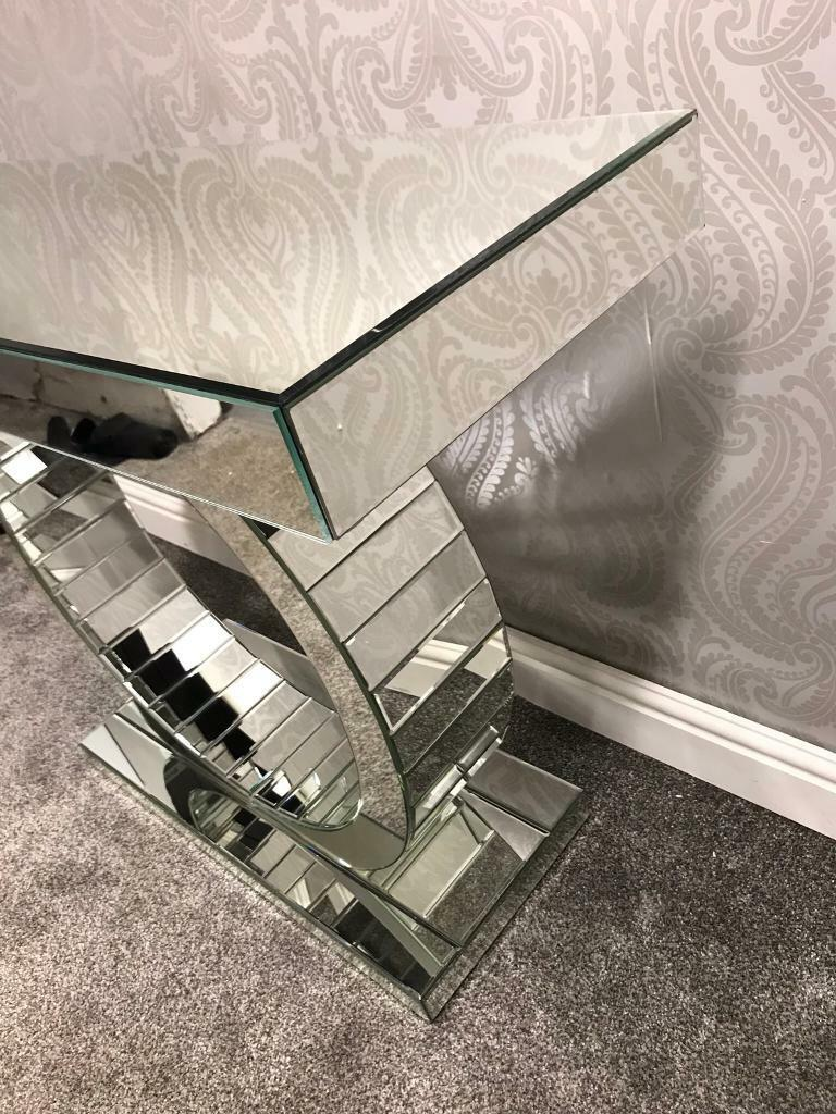 Mirrored Circle Mosaic Console Table