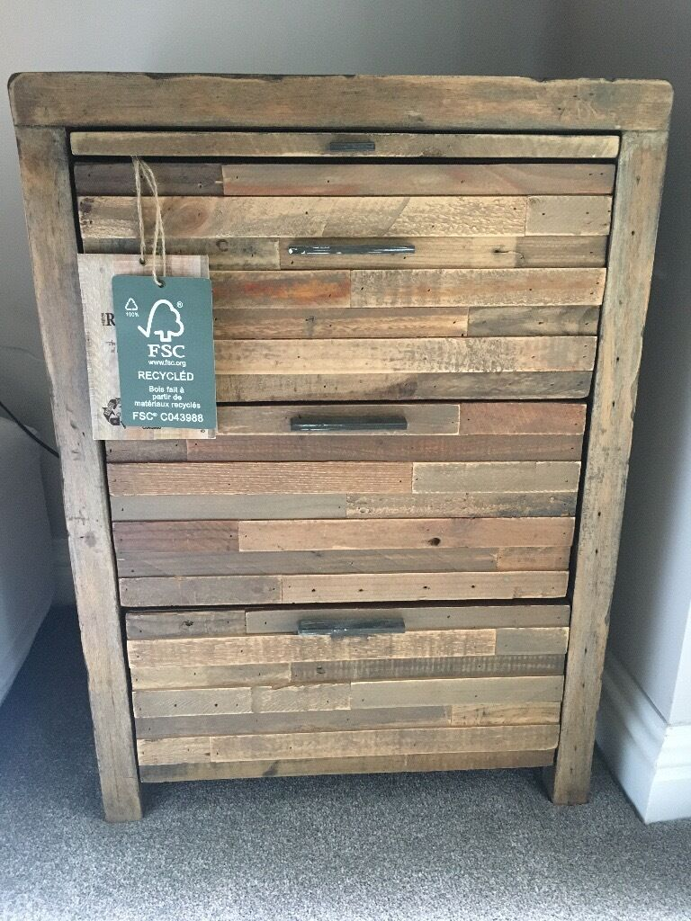 reclaimed wood bedroom furniture brand new with tags