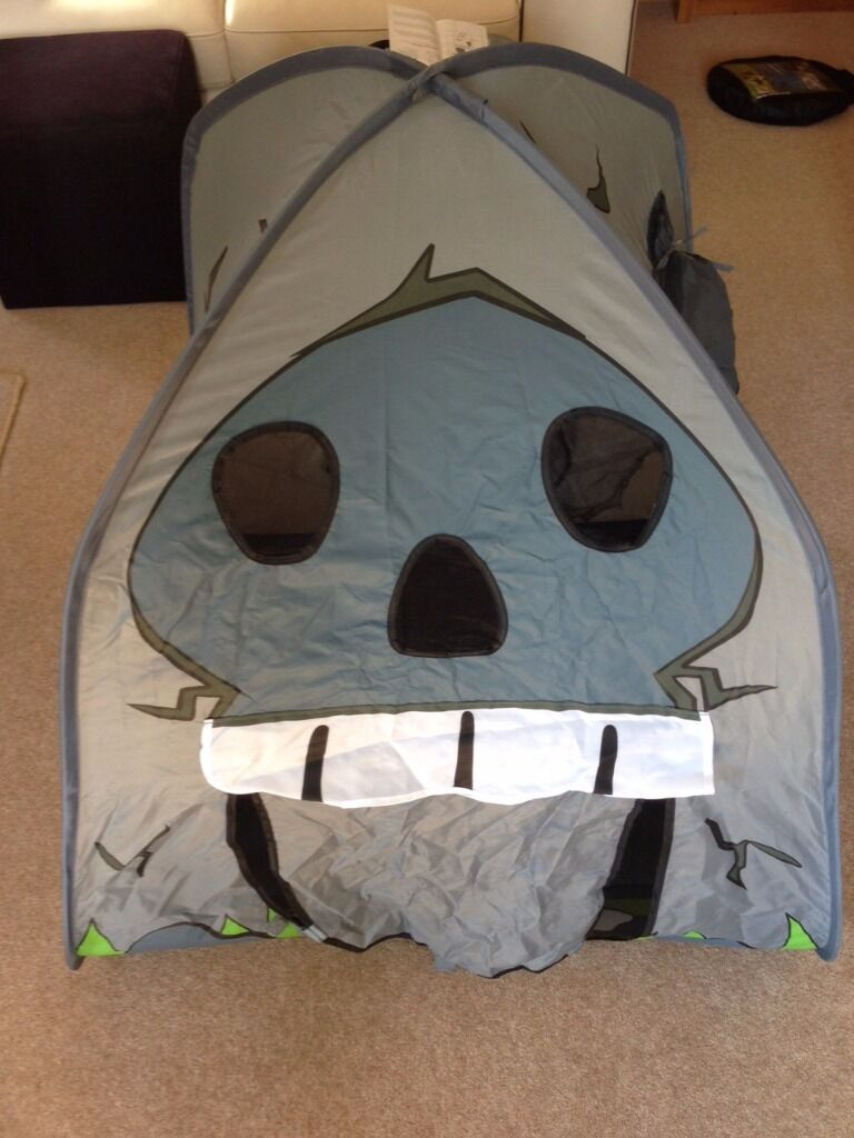 Tesco Pop up Pirate tent & Tesco Pop up Pirate tent | in North Ferriby East Yorkshire | Gumtree