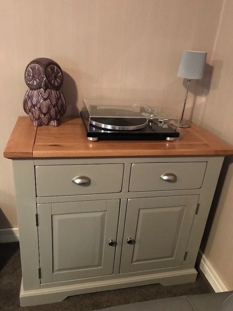 Delightful AS NEW Oak Furniture Land St Ives Grey Painted Solid Oak Sideboard  Exceptional Condition £200