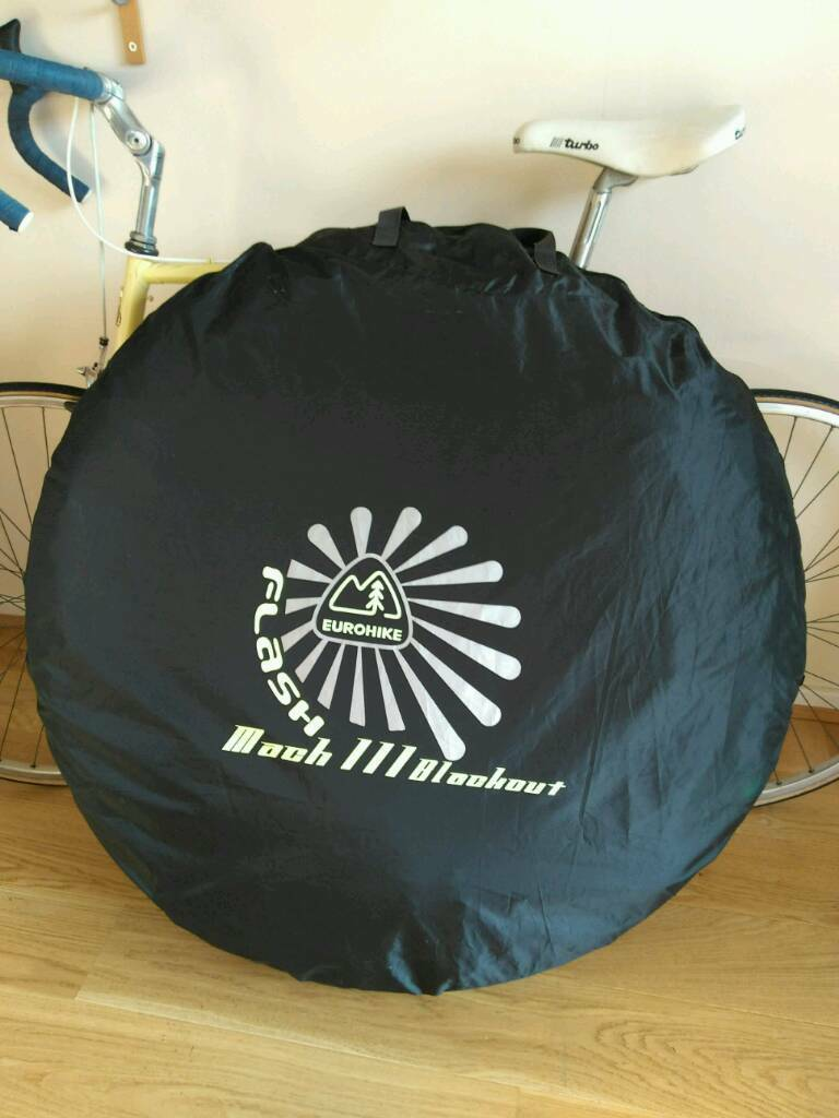 Millets 5 second 2/3 person tent. & Millets 5 second 2/3 person tent. | in Shoeburyness Essex | Gumtree
