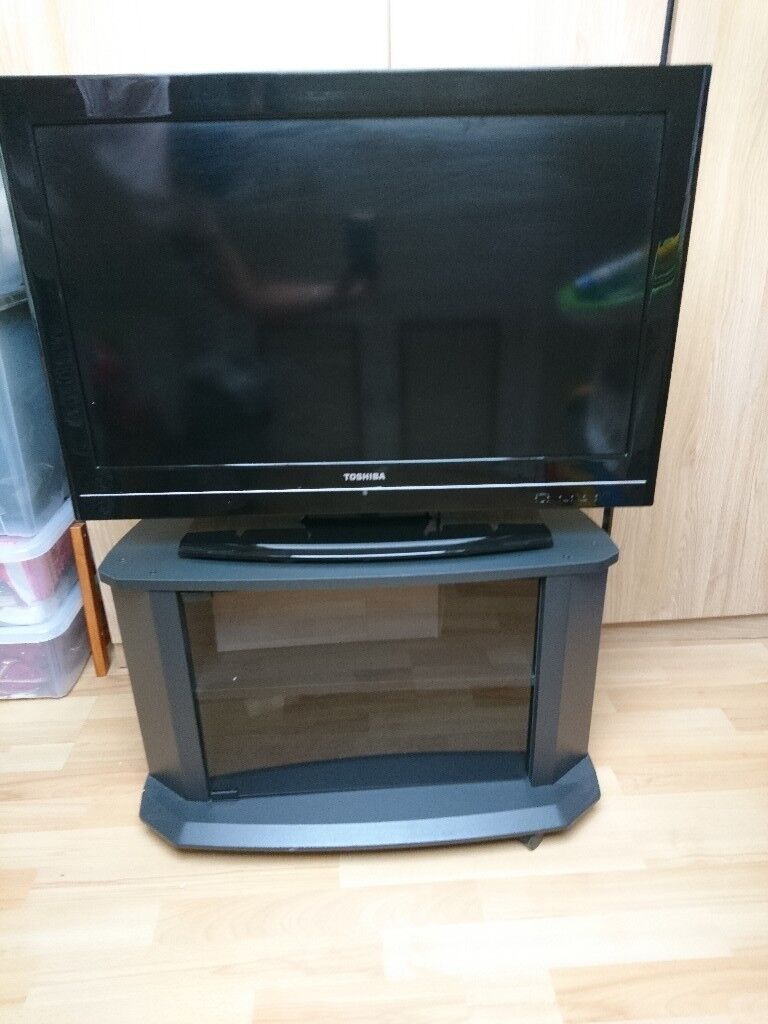32 Inch Toshiba LCD TV For Sale Excellent Condition With Free TV Cabinet!