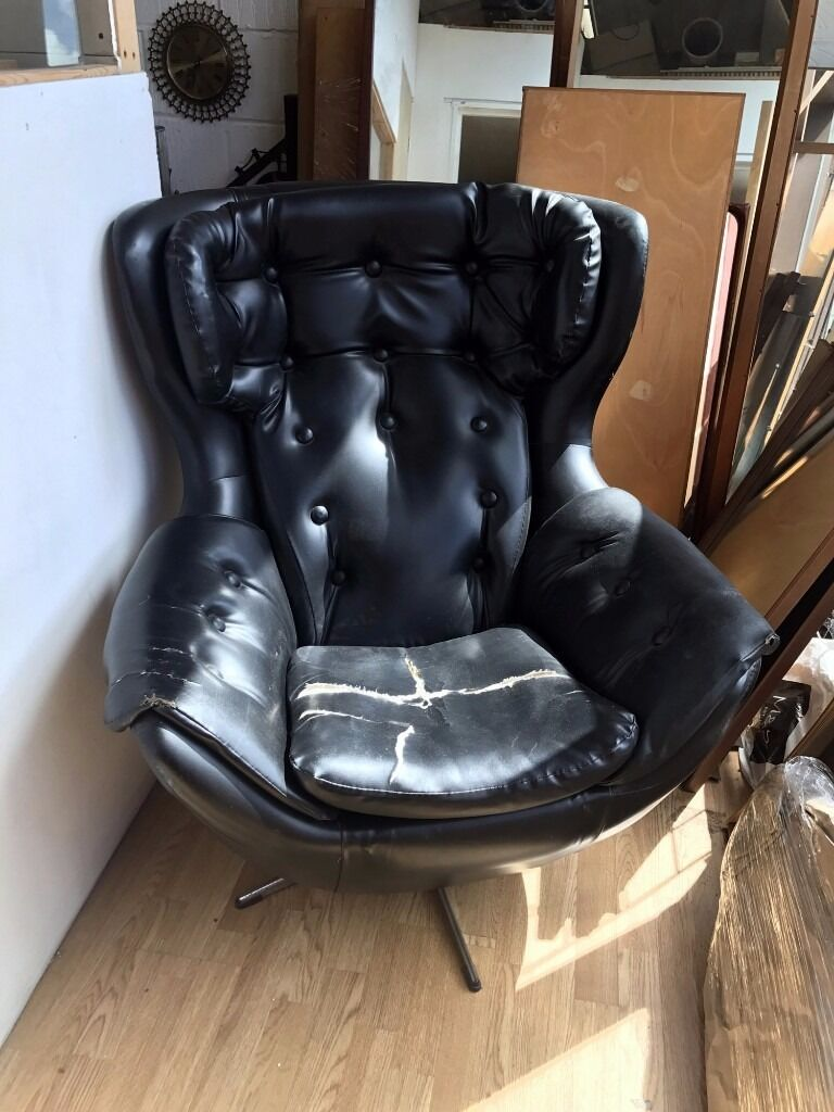 70S STYLISH VINTAGE RETRO MID CENTURY BLACK VINYL SWIVEL EGG CHAIR PARKER  KNOLL STYLE