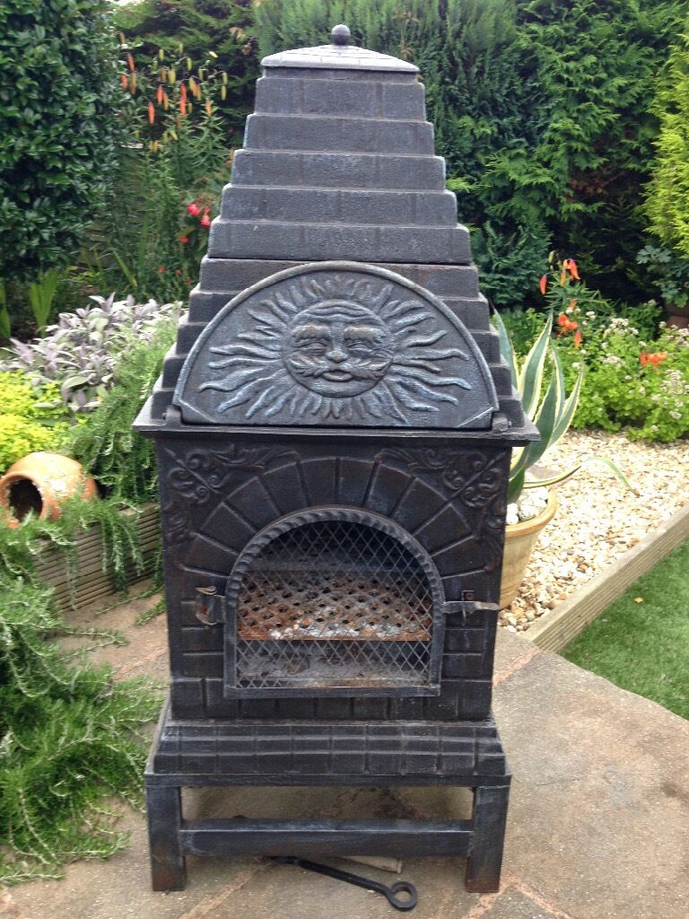Castmaster Chiminea / BBQ / Pizza Oven
