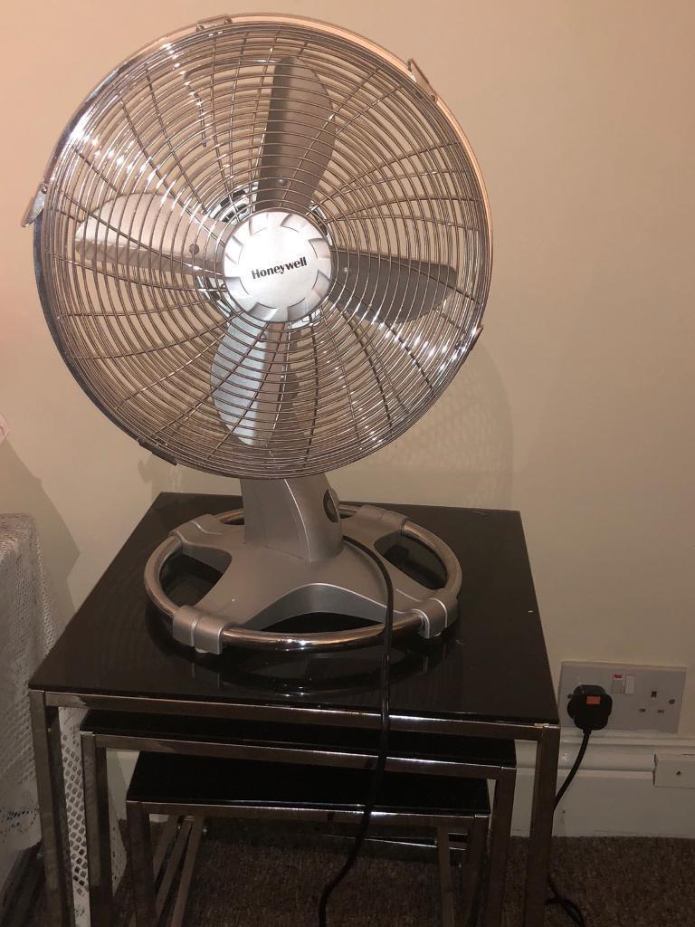 Honeywell HT 216E Oscillating Table Fan   12 Inch, Chrome