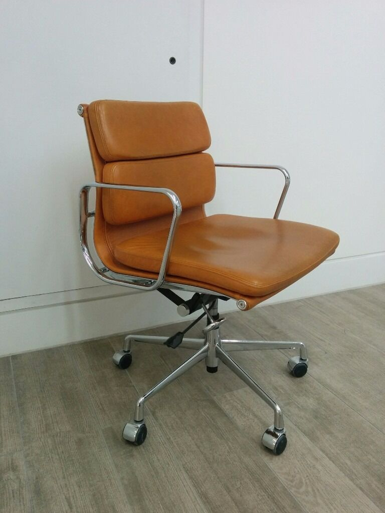 Eames EA 217 Soft Pad Leather Chair