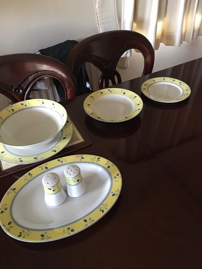 12 piece Royal Doulton Blueberry Dinner set & 12 piece Royal Doulton Blueberry Dinner set | in Locks Heath ...
