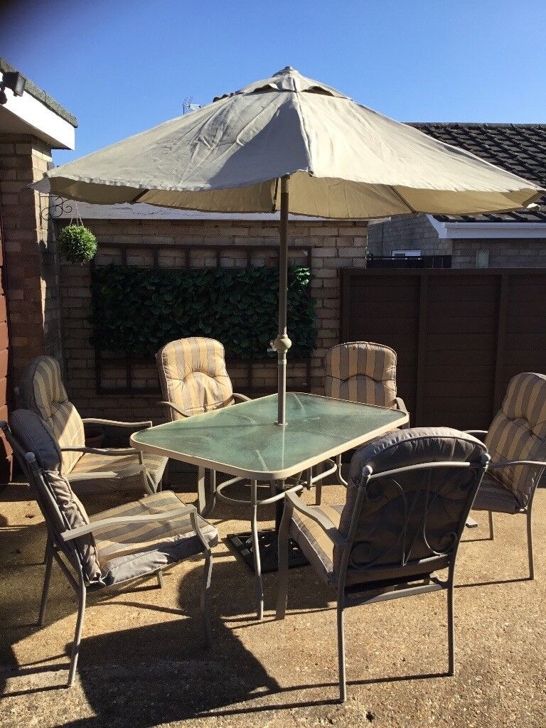 Superieur Garden Table, 6 Chairs, Matching Parasol Good Condition