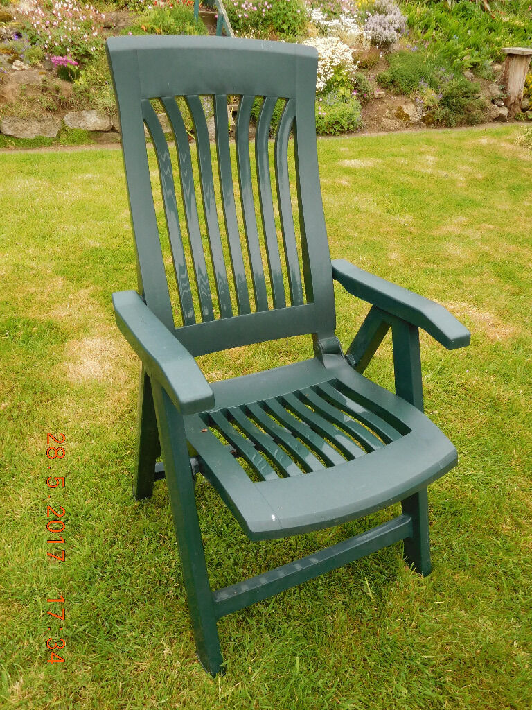 SOLD - Set of four reclining green plastic garden chairs in excellent condition with cushions & SOLD - Set of four reclining green plastic garden chairs in ... islam-shia.org