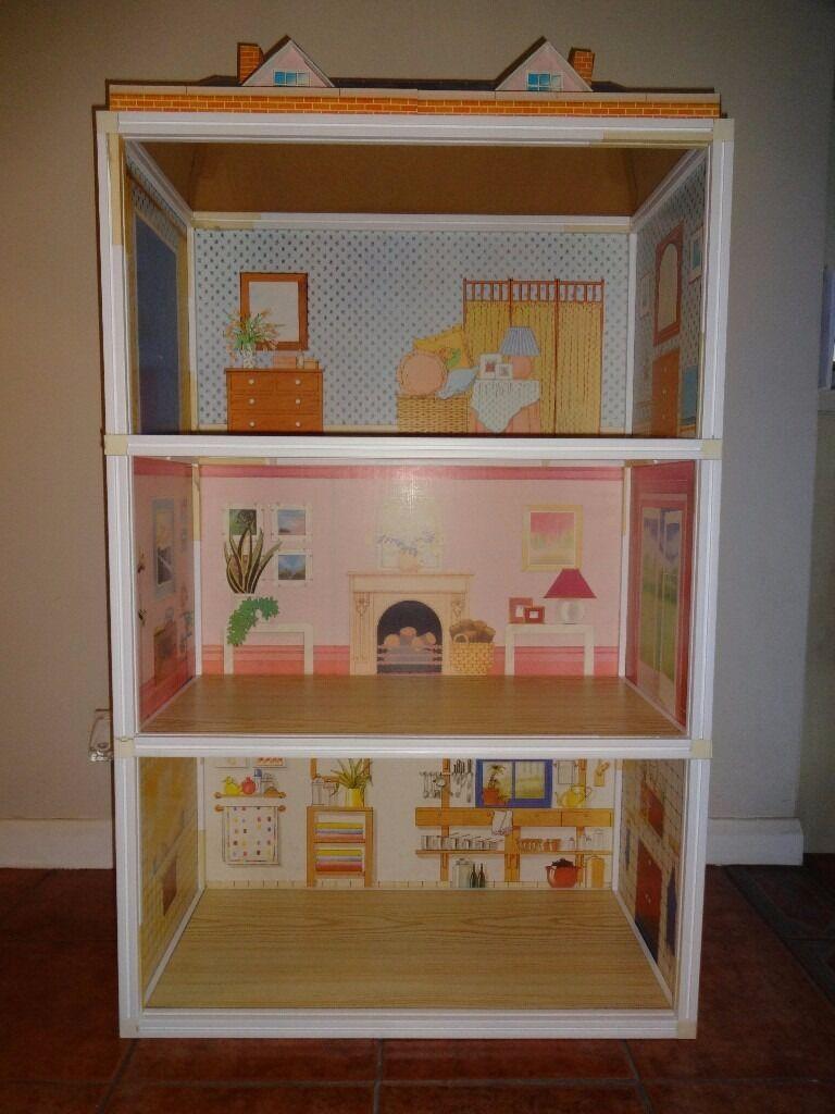 Sindy Dolls House Sindy Super Home With Original Sindy Furniture By Pedigree