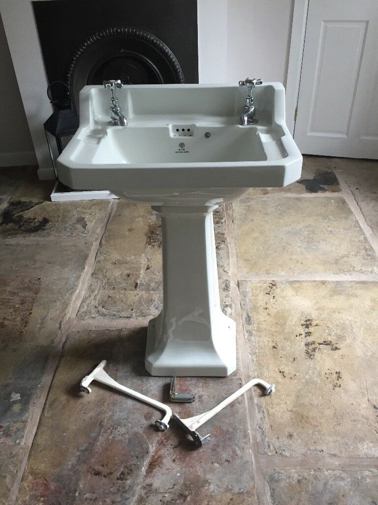 Toilet Sink And Taps