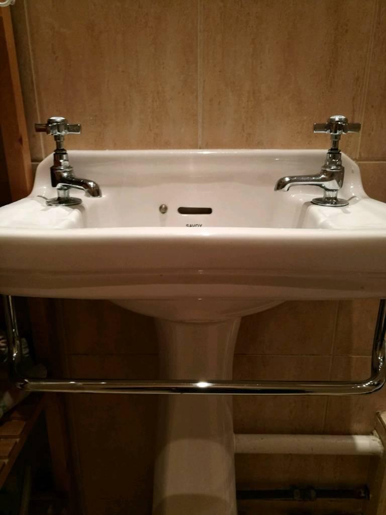 Victorian Style Sink