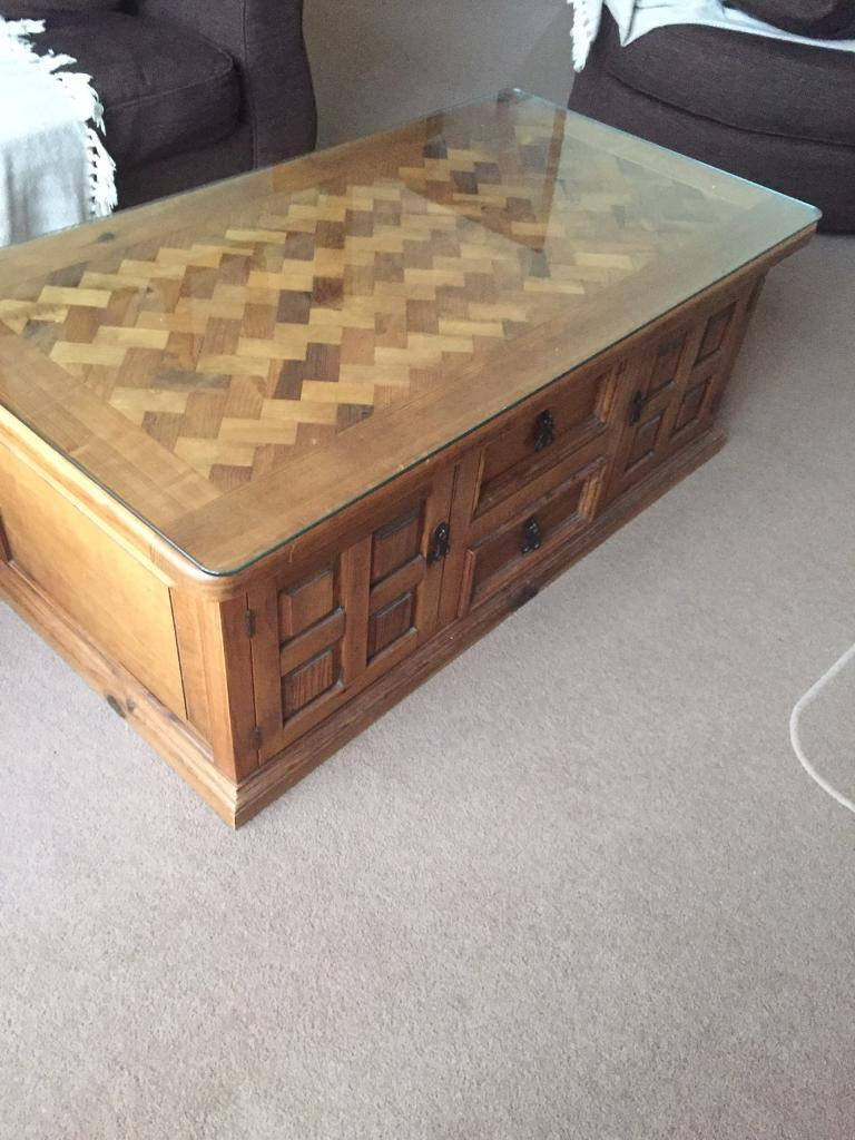 **HEAVY WOODEN COFFEE TABLE WITH STORAGE**