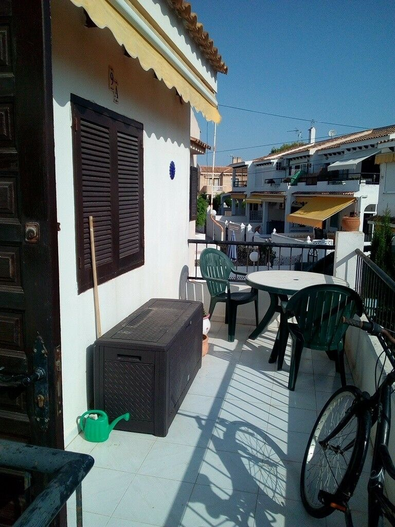 Superb Cheap Apartment To Rent Torrevieja Spain.