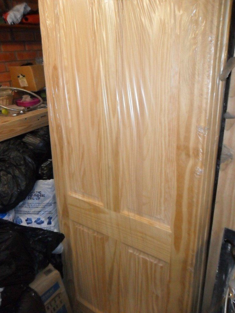 PINE INTERIOR DOORS 2/4 Or 6 PANEL (CLEAR PINE Or KNOTS) VARIOUS