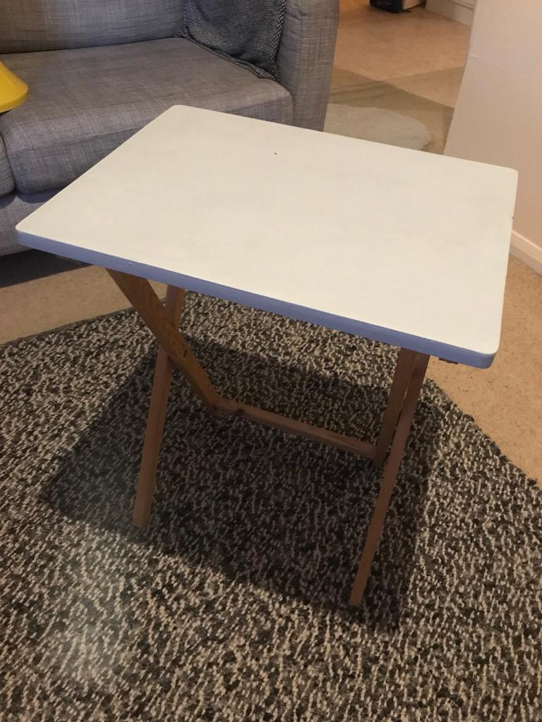 Superieur Wooden Folding Side Table