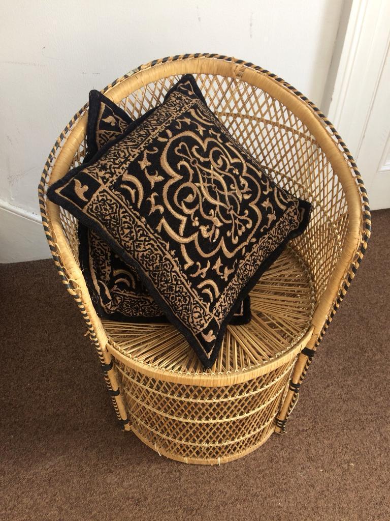 Cute Vintage Wicker Chair