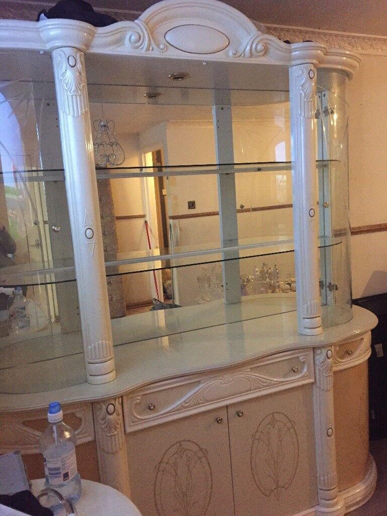 Italian Display Cabinet Massive, Romany Gypsy Irish Traveller