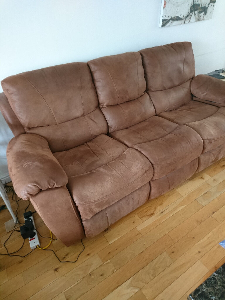 Harveys Bel Air 3 Seater Recliner with 2 Rocker Recliner Chairs : harveys recliner chairs - islam-shia.org