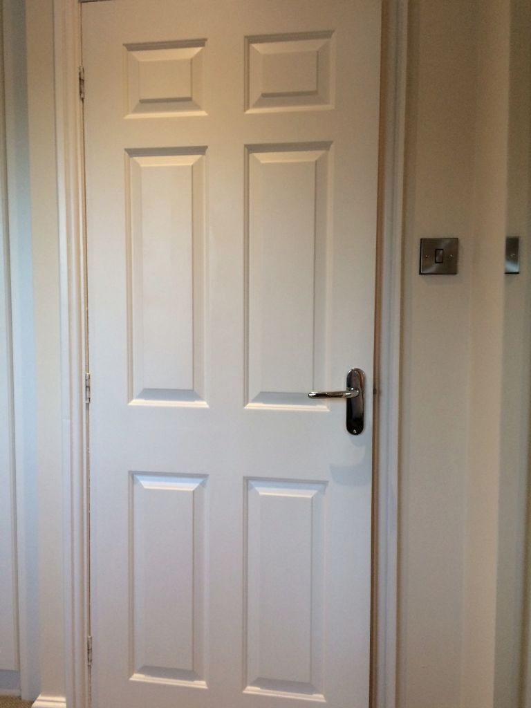 16 White   6 Panel Internal Doors, Handles And Brass Hinges