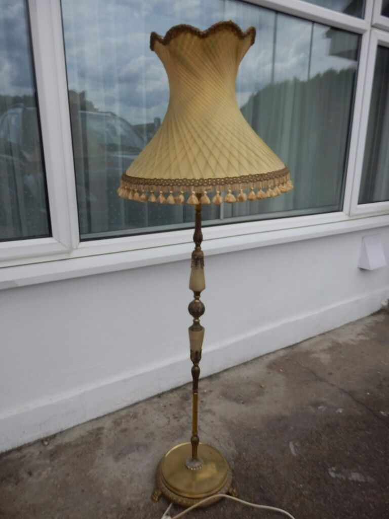 TALL VINTAGE BRASS AND GREEN ONYX FREE STANDING UPRIGHT FLOOR LAMP WITH  LAMPSHADE 146 Cm X