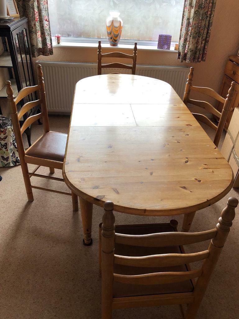 Charming Dinner Table U0026 4 Chairs