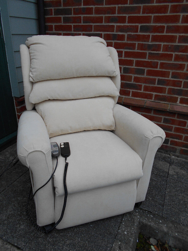 Cream electric riser recliner chair with massage function - Can deliver & Cream electric riser recliner chair with massage function - Can ...