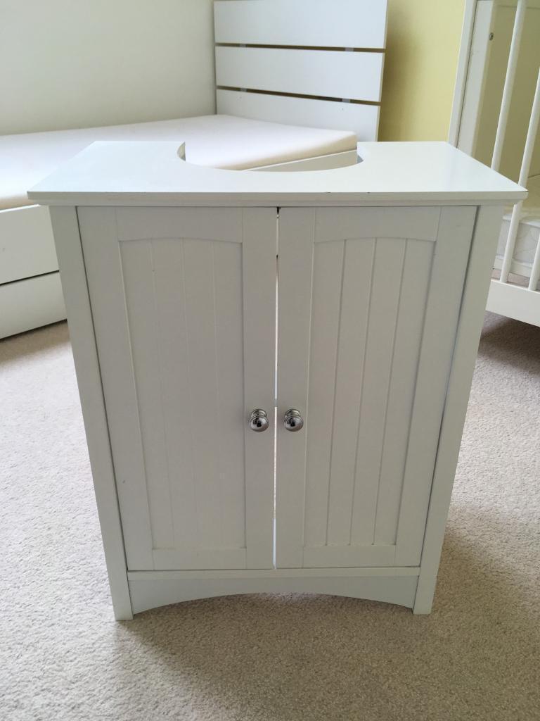 Exceptionnel White Bathroom Sink Cupboard