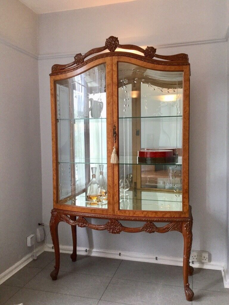 Mid Century Queen Anne Style Burr Walnut China Display Cabinet.