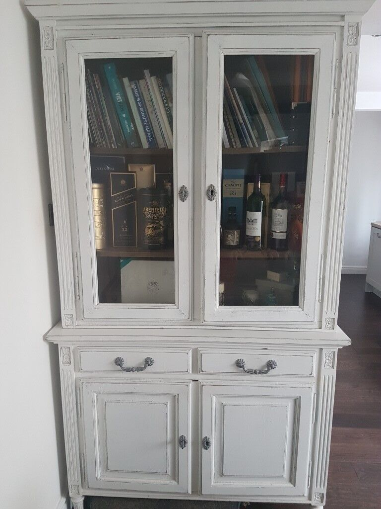 Stunning   French Style Shabby Chic Display Cabinet