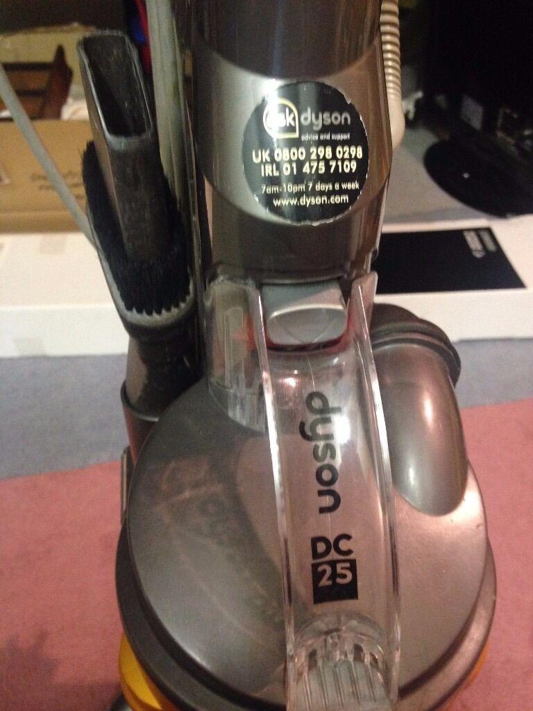 Dyson DC25 Multi Floor Lightweight Dyson Ball Upright Vacuum Cleaner + Dyson  DC04 DE STIJL