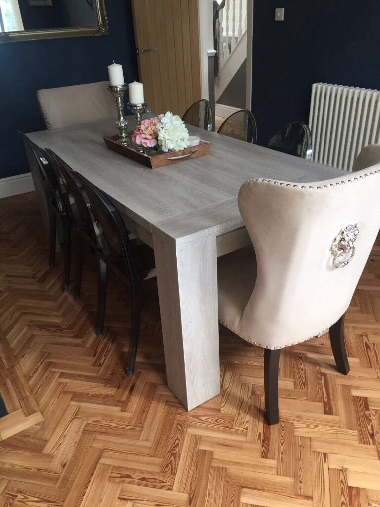 Homesense Luxury Feature Dining Chairs (2)