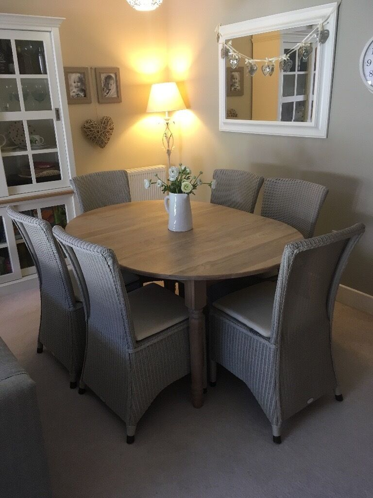 Neptune Solid Oak Sheldrake Oval Extending Dining Table And Chairs   Seats  4 10
