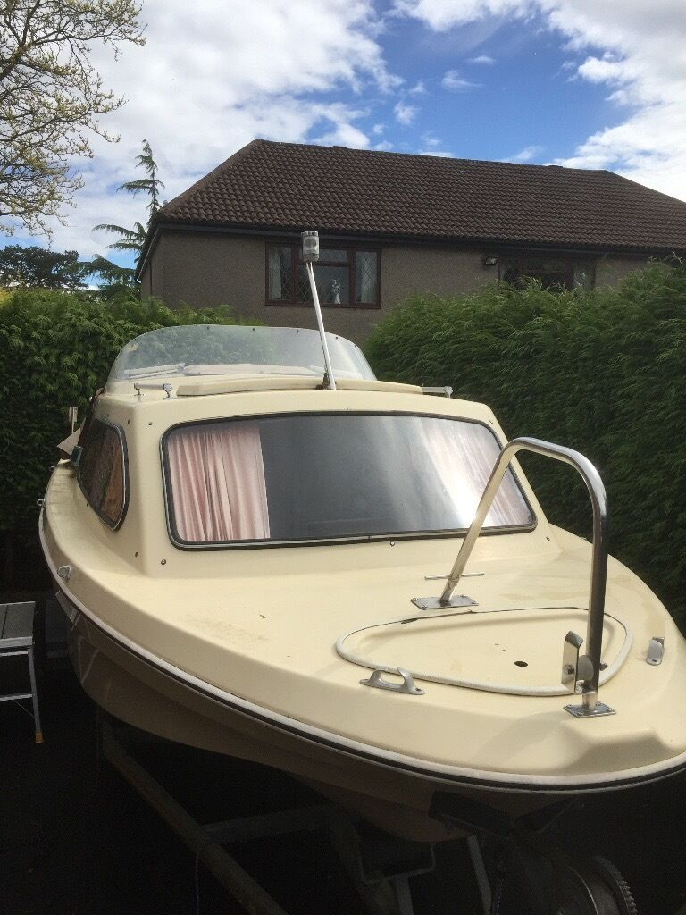 Boat For Sale Cabin Cruiser (4 Berth) 18ft   With Electric Suzuki Outboard  And
