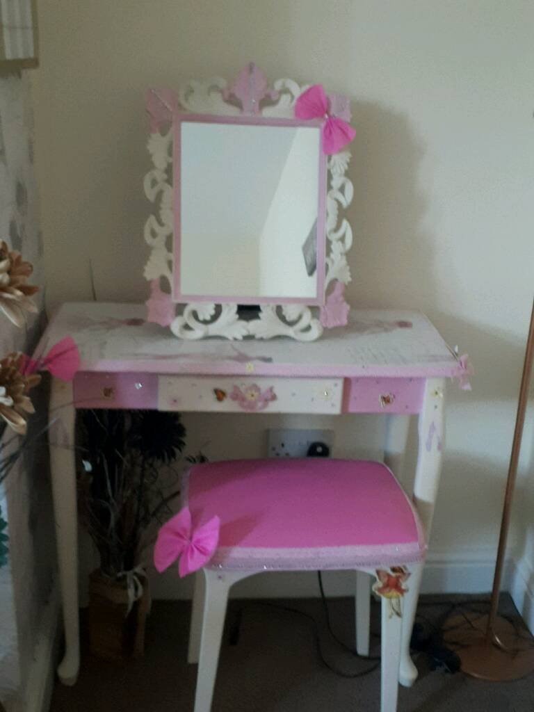 Little Girls Dressing Table Mirror And Stool