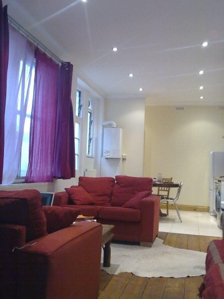 Very Large Spacious 2 Bedroom Garden Apartment Zone 2 Inc Council Tax U0026  Water Rates