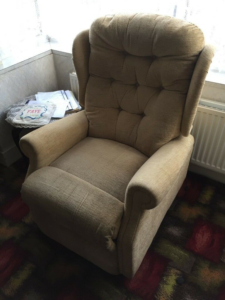 Riser Recliner Chair for Elderley or Orthopedic person & Riser Recliner Chair for Elderley or Orthopedic person | in Enfield ...