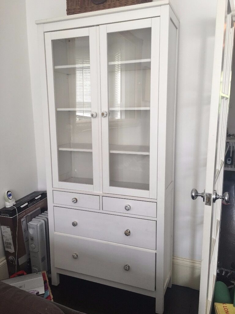 Attrayant Ikea Hemnes Glass Door Cabinet With Drawers In Hackney London