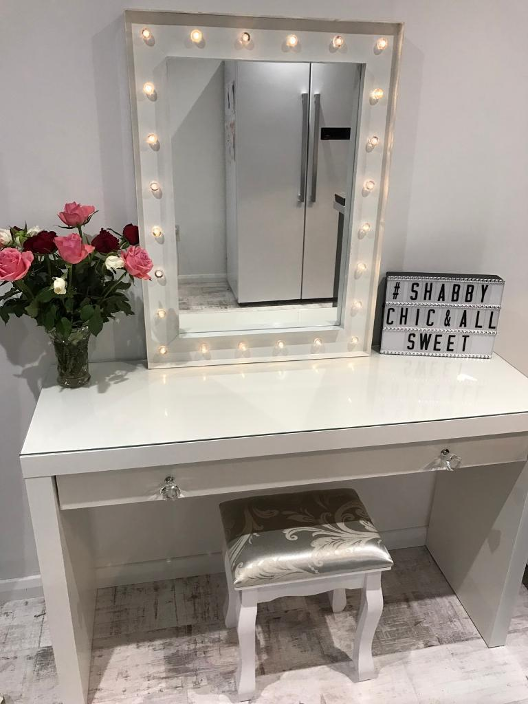 Superieur Hollywood Mirror Dressing Table With Accessories