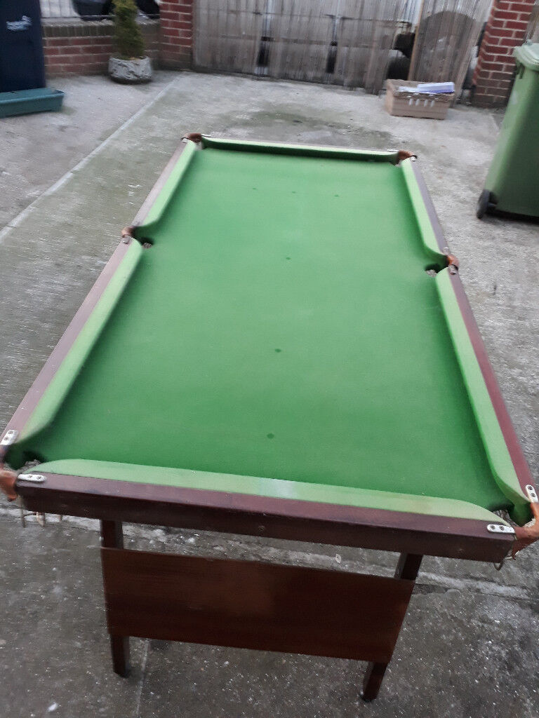 6 Foot Long Fold Up Pool/snooker Table