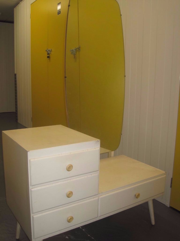 White Vintage Low Drawer Unit/dressing Table With Full Length Moveable  Mirror