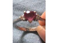 18ct white gold stone set ring