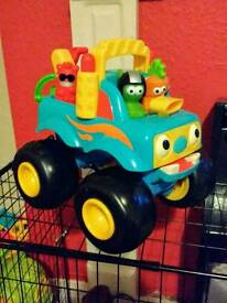HappyLand Monster Truck with sound effects plus 3 monsters RARE
