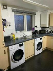 Double Room With Balcony, All Bills, £700 A.(Available Now).