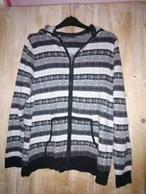 Christmas/ Winter Hoodie Jumper Size L