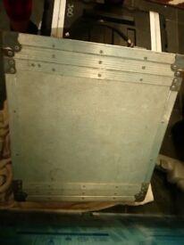 flight case. metal.